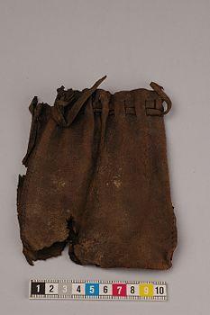 Pouch found in Uppsala, Sweden. Dating medieval
