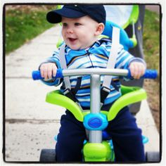 Yet another happy baby on his #smarTrike :)
