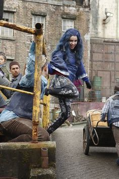 These Pics from the Disney Channel Original Movie 'The Descendants' Will Blow Your Mind Disney Channel Movies, Disney Channel Descendants, Disney Descendants 3, Descendants Cast, Disney Channel Original, Original Movie, Disney Movies, Disney Xd, Disney Stuff
