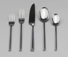 Cutlery, 1980 Material: aço inoxidável com acabamento espelhado Design: Ward Bennett Para: Supreme Cutlery