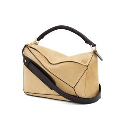 LOEWE | Puzzle Small Bag | New Puzzle shoulder in suede with embossed Anagram and removable adjustable strap | 29x19.5x14 cm | Color: Gold | Model Id: 322.61.K74 | 1.600€