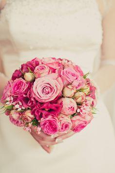 TiAmoFoto.pl bukiet ślubny, wedding bouquet, bukiet panny młodej, bride, kwiaty, ślub, fotografia ślubna, wesele, fotograf, detale, dodatki ślubne, dekoracje, biały, różowy, róże, roses