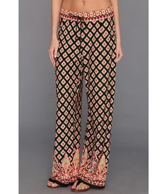 Traveling to Morocco? These pants are perfect for your travel wardrobe.