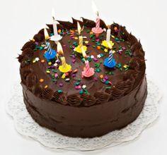 Birthday Chocolate Bunties Cake Design your own names Kue