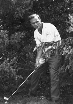 Golf Fashion Vintage Premium Photographic Print: Golfer Arnold Palmer by John Dominis : - Famous Golfers, Golf Pictures, Golf Images, Masters Golf, 2015 Masters, Vintage Golf, Golf Gifts, Living Legends, Sports Art