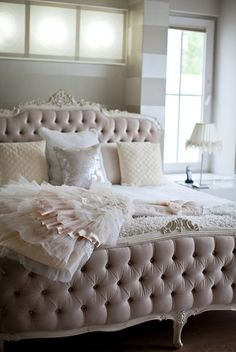 Blush tone bedroom | The Suite Life Designs