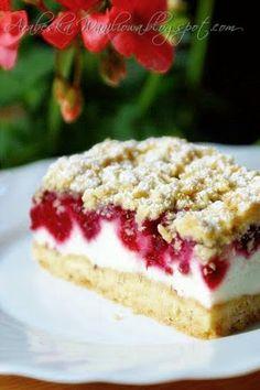 Arabeska : Kruche ciasto z malinami i budyniową pianką