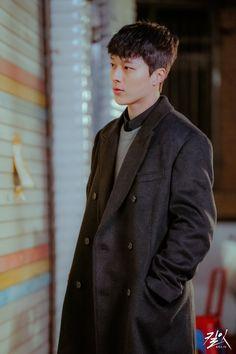 Hot Korean Guys, Cute Korean, Korean Men, Hot Guys, Asian Boys, Asian Men, Hot Actors, Actors & Actresses, Handsome Korean Actors