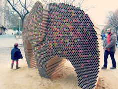 large elephant sculpture made from recycled tubes... 'Somnis de Pes' by Studio Nituniyo