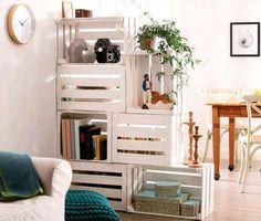 Decorare e creare con cassette di legno di recupero è una tendenza molto di moda. Con questi semplici oggetti si possono ottenere mobili unici e versatili che si adattano perfettamente alle necessità di ogni casa.