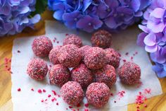 I love making bliss balls and I am always experimenting with new ingredients and flavor combinations, the amazing thing is that you can pretty much add whatever you have available,I have added so many differentkinds of seeds, nuts, super foods, dried fruit etc. and I have yet to make a batch....
