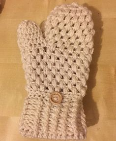Ravelry: Puff Stitch Mittens pattern by The Wee House Of Crochet