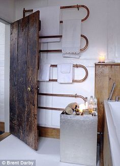 Gorgeous copper piping heated towel rail n this bathroom Copper Bathroom, Small Bathroom, Bathroom Ideas, Bad Inspiration, Bathroom Inspiration, Bad Styling, Heated Towel Rail, Residential Interior Design, Bathroom Styling