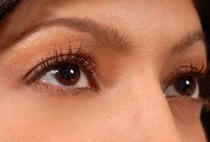 Dry under-eye skin causes discomfort during the day and contributes to the development of wrinkles around the eyes. While commercial eye moisturizers are available, the chemicals in these products often cause eye irritation. Rather than suffer from dry, irritated skin, you can make natural moisturizers to hydrate your under-eye area at home. As an...