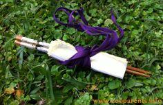 Eco party favour idea. Wooden chopsticks, cloth napkins and shoe laces.