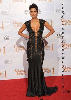 Google Afbeeldingen resultaat voor http://www.firstclassfashionista.com/wp-content/uploads/2010/01/Halle-Berry-Golden-Globe-Awards-Dress1.jpg