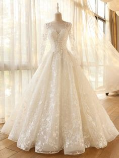 long sleeve A-line Vintage Robe De Mariage Special Lace Design Tulle Sleeves Wedding Dress at A Discount - Long Sleeve Wedding Dresses Wedding Dress Sleeves, Long Sleeve Wedding, Long Wedding Dresses, Bridal Dresses, Lace Dress, Dress Wedding, Tulle Wedding, Event Dresses, Dresses Dresses