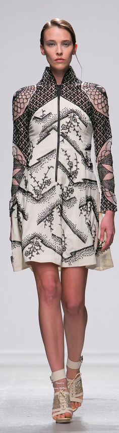 Rahul Mishra Spring Summer 2015 Ready-To-Wear collection