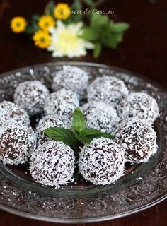 Romanian Food, Romanian Recipes, Food Cakes, Truffles, Cake Recipes, Cheesecake, Deserts, Strawberry, Cooking Recipes