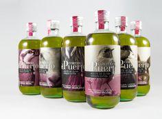 Cortijo El Puerto Extra Virgin Olive Oil on Packaging of the World - Creative Package Design Gallery Label Design, Package Design, Design Competitions, Source Of Inspiration, Packaging Design Inspiration, Red Bull, Olive Oil, Bottle, Creative Package