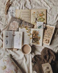 Tea, Coffee, and Books Cozy Aesthetic, Brown Aesthetic, Aesthetic Vintage, Aesthetic Photo, Aesthetic Pictures, Book Wallpaper, Coffee And Books, Book Photography, Bookstagram