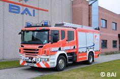 Der Scania macht als Fahrgestell für Feuerwehrfahrzeuge einfach was her. Dieses Exemplar hat BAI aufgebaut. http://www.feuerwehrmagazin.de/fahrzeuge-modelle/fahrzeuge/hlf-20-auf-scania-fuer-feuerwehr-muehlacker-66956