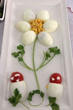 Decorate cold plates for Easter: 18 creative identifiers - Food Carving Ideas Food Crafts, Diy Food, Food Food, Veggie Food, Cute Food, Yummy Food, Creative Food Art, Ads Creative, Creative Lettering