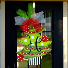 22 Incredible Christmas Door Decorating IdeasIf you need some inspiration for your front door to decorate this Christmas season, we can show you some of the ideas we have that will surely make your front door welcoming this coming Christmas. It is pretty much a…