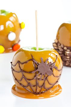 "guardians-of-the-food: "" Caramel Apples """