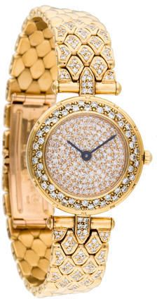 Ladies' yellow gold Van Cleef & Arpels Classique Diamond Dial Watch featuring diamond embellished dial, diamond bezel, black stick hour markers, fluted push/pull crown, diamond accented yellow gold link bracelet with double deployant closure. Gold Link Bracelet, Link Bracelets, Bracelet Watch, Elegant Watches, Beautiful Watches, Turquoise, Coral, Fine Watches