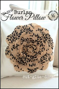 NO SEW BURLAP FLOWER PILLOW-so easy to make-cut, glue, done-stonegableblog.com