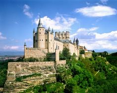 the castle from every once upon a time story ever - Alcazar Castle, Spain
