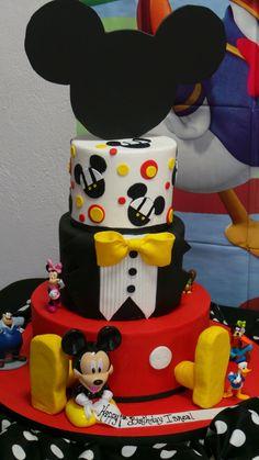 Mickey Mouse Celebration Cakes, Birthday Celebration, Happy 1st Birthdays, Mickey Mouse, Disney Characters, Birthday Cakes, Children, Party, Shower Cakes