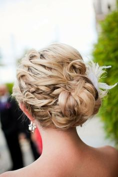 Prom / wedding hair