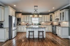 cream colored kitchen cabinets | Cream colored cabinets! | Kitchens