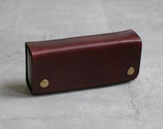 brown vegetable cow hide leather Pencil Case/Pen от EarthyLeather
