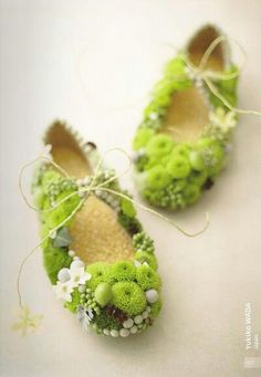 Tiny flower shoes