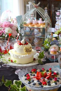 Pretty Alice in Wonderland High Tea