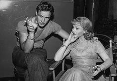 Marlon Brando and Vivien Leigh relax on the set of 'A Streetcar Named Desire', circa 1951