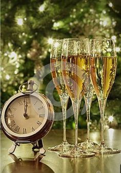 Happy New Year Pictures, Happy New Year Quotes, Happy New Year Greetings, New Year Greeting Cards, New Year Wishes, Merry Christmas And Happy New Year, Christmas Time, Holiday, New Years Eve Day