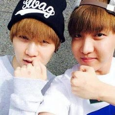 #wattpad #fanfiction [vhope] a story about hoseok finding taehyung's kik. taehyung gets pissed at first, but grows to like it after some time. ❥ seph's first succesful vhope book ❥ also fetus writing pls burn