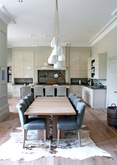 The Dream House Part Kitchen restoration {Kitchen before & after makeover pr. The Dream House Part Restauration de la cuisine . Narrow Living Room, Living Spaces, Home Design, Design Ideas, Modern Country Style, Country Life, Elegant Kitchens, Kitchens Uk, Style At Home