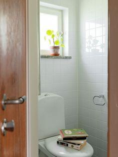 Historiska hem Bathtub, Bathroom, Villa, Future, Home, Bath Tube, Future Tense, House, Tubs