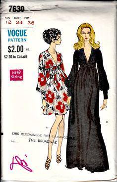 70s Jean Shrimpton Dress Pattern  VOGUE 7630  by ShellMakeYouFlip, $62.50
