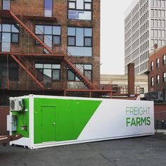 Bringing a splash of color (and lots of local food) to this lot in Cambridge MA this morning. Congratulations to our new freight farmers at @fourburgers! . . .  #fourburgers #localfood #urbanfarm #sustainablefood #shippingcontainer #upcycle #cambridge #verticalfarming #design #agtech #foodtech #innovation #farmtech #startup #smartcity #locavore by freightfarms