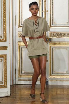 Vanessa Seward Spring 2016 Ready-to-Wear Collection Photos - Vogue