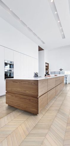 8x Een klassiek interieur met houten vloer - Makeover.nl