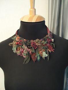 """Купить Колье """"Бордовые розы"""" - бордовый, вишневый, колье, текстильное колье, колье из ткани"""
