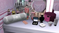 🎶 Beats Pill🎶🎵 All LOD's included 🎵Functional 🎵Pink & White recolours available TOU Feel free to create recolours of this item but please do not include the mesh. Sims 4 Clutter, Sims 4 Game, Sims Cc, Black Magic, Pink White, Nerdy, Electronics, Deco, Games