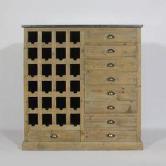 Buffet avec range bouteille. Meuble en bois recyclé, intemporel avec nombreux tiroirs.